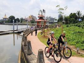 Discover Sarawak on 2 Wheels