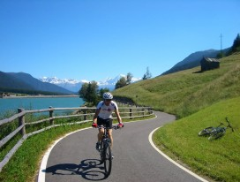Scenic Cycling from Switzerland to Italy