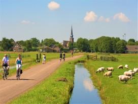 Sail & Bike in Dutch Lake IJsselmeer